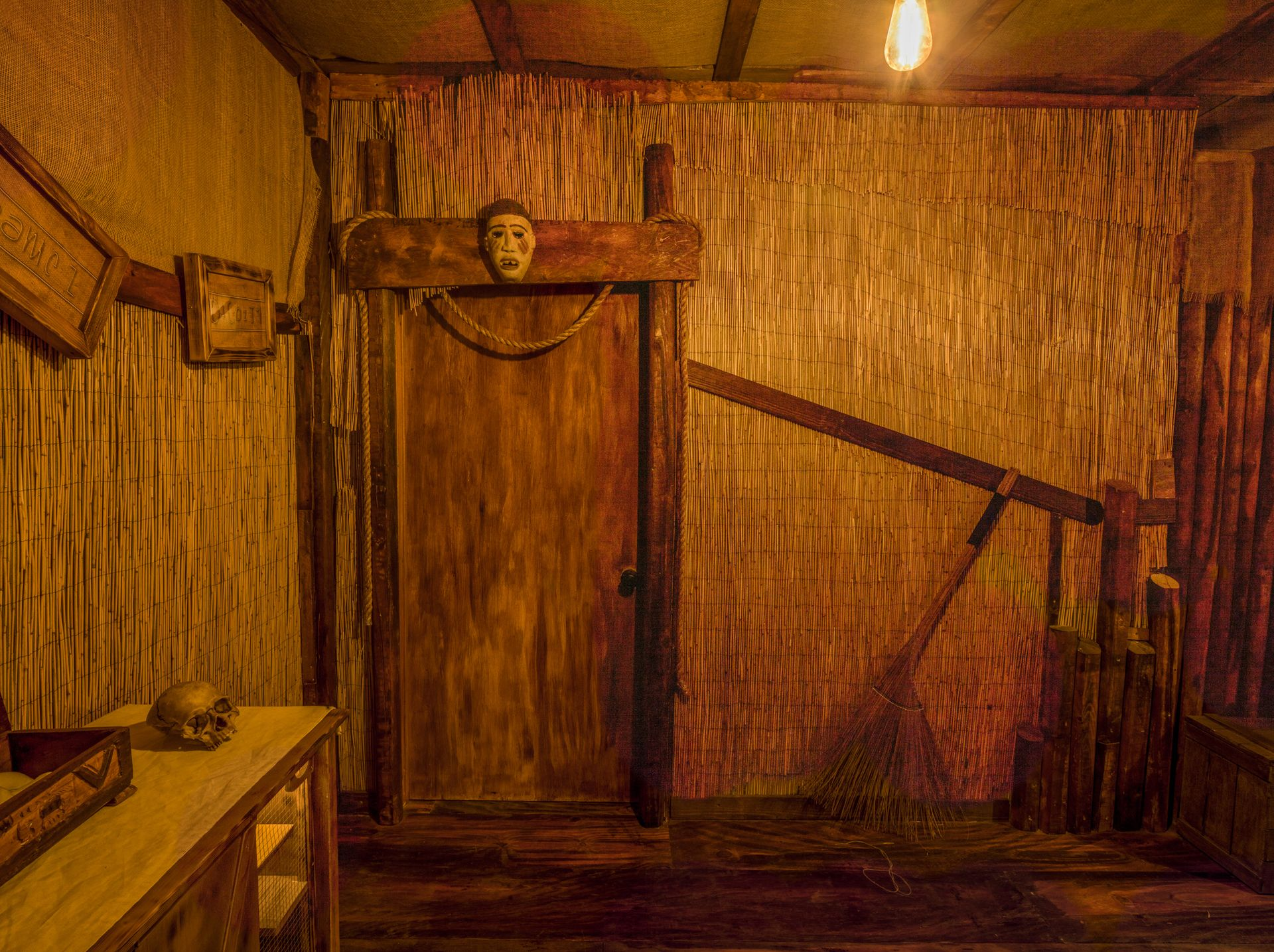Voodoo Escape Room - Voodoo Witch Hut